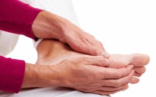 Bị tay chân lạnh chớ chủ quan, có thể bạn đang mắc căn bệnh nguy hiểm nhiều người không nghĩ tới