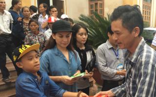 Phi Nhung bị soi chưa công bố sao kê giải ngân tiền từ thiện cứu trợ miền Trung từ 2016