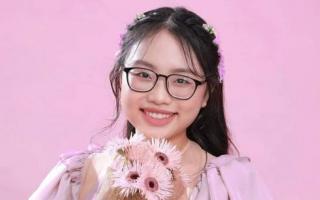 Phương Mỹ Chi và Hồ Văn Cường thông báo kết quả thi tốt nghiệp THPT